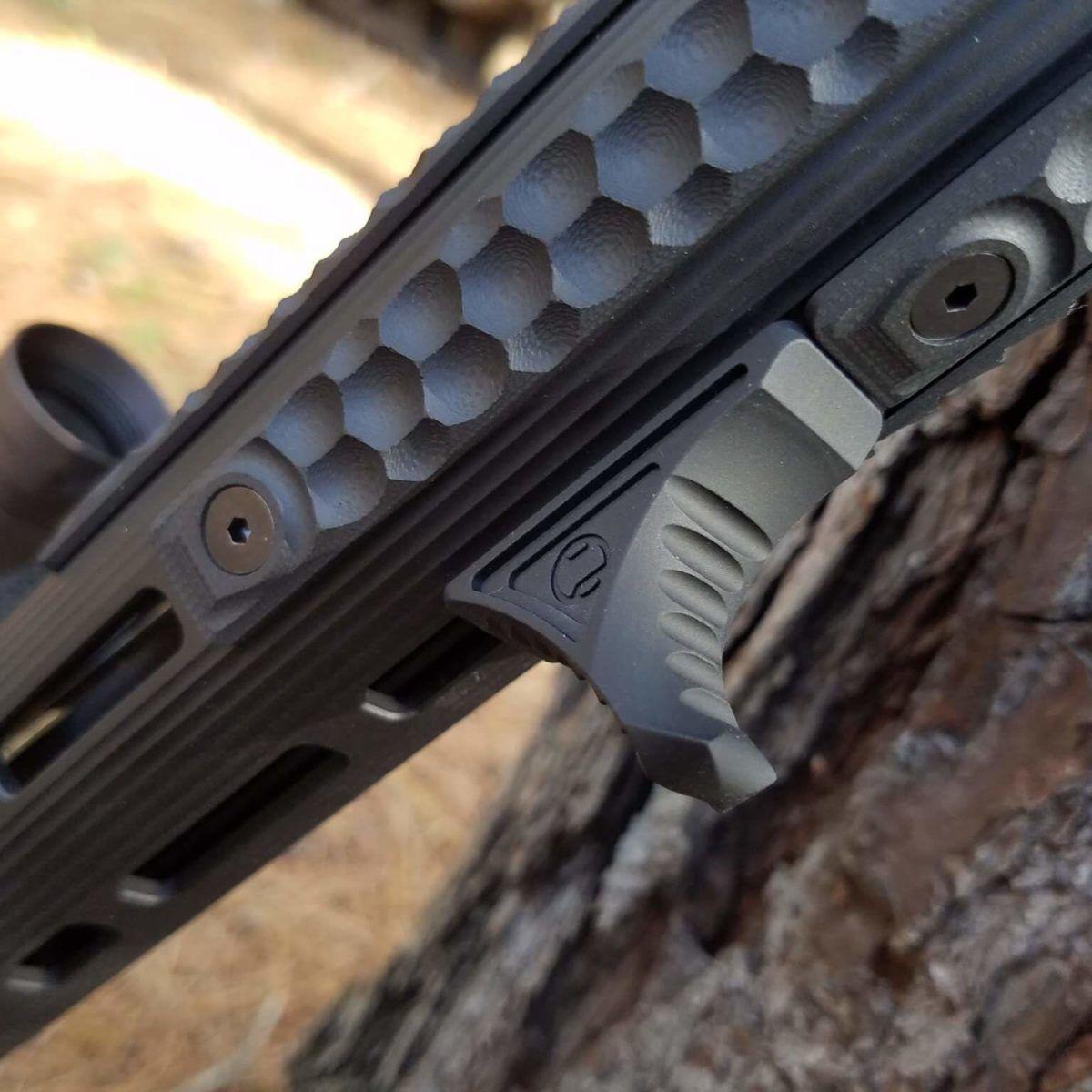 Best AR-15 Foregrips - An ARBuildJunkie Guide